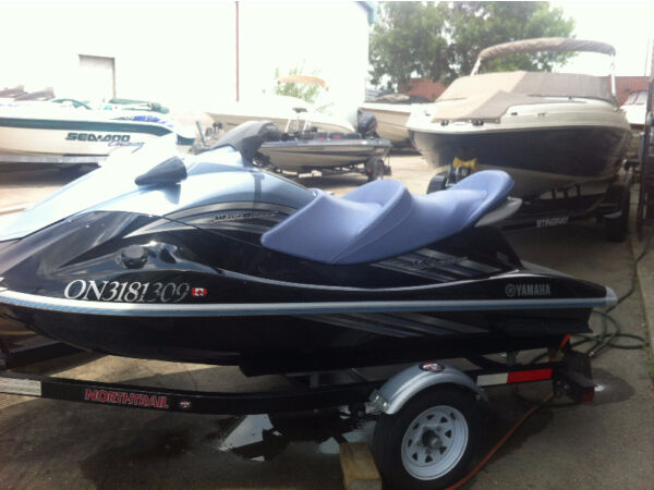 Used 2011 Yamaha waverunner vx cruiser