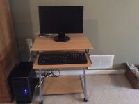 Excellent desktop and stand for Sale