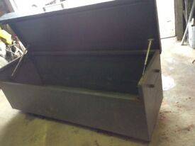 LARGE TOOL BOX VAN VAULT