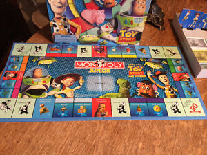 MONOPOLY Junior   5 à 8 ans  toy story and beyond  ANGLAIS