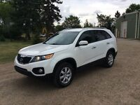2011 Kia Sorento, LX-Pkg, Auto, Loaded, 138k, $13,500
