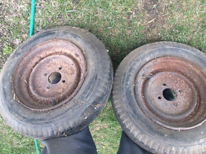 Set trailer tires