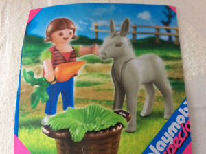 Play mobile Farmer firl and donkey