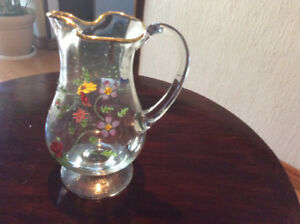 TOP QUALITY BEVERAGE JUG WITH ENGRAVED FLOWERS