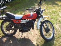 Motocross Antique Suzuki 185cc