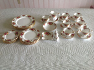 China Dishes Antique Old Country Rose Set of 6, Platter & Extras