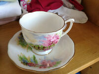 Collectible cup & saucer Chelsea Garden Soft Lilac