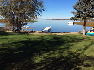 Lake Front Cottage on Lac Ste Anne