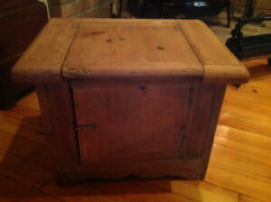 Primitive pine commode