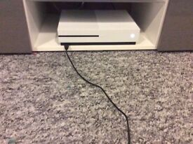 Xbox one s 500gb with cod ww2 £180 or swap for iPhone 6s