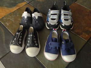 5 pair of shoes size 2-3 excellent condition