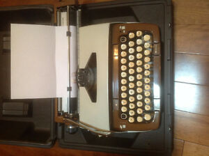 Smith Corono Typewriter, classic 12