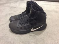 Men's Nike basketball boots size 7