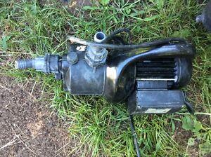 Pompe à pression / Pressure pump
