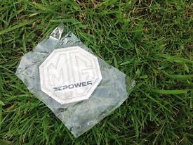 MG car badge