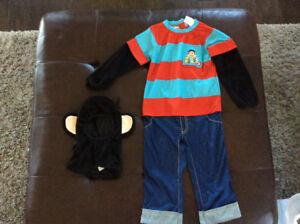 Julius Jr.  Costume