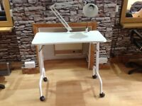 Nails and Manicure Table with removal lamp