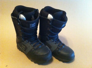 DC Phase Size 9 Mens Snowboard Boots