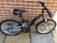 Apollo FS20 Boys bike in virtually new condition