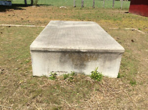 "FREE CEMENT STEP - 20"" high, 8' long,  4 1/2' wide"