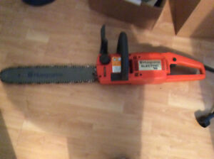 Electric chainsaw works great