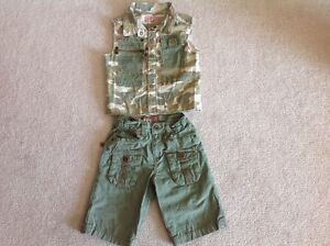 One time worn two piece Guess clothing size 18 months