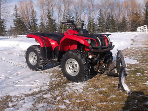 2004 Yamaha Grizzly 660, 4x4 quad with snow plow.