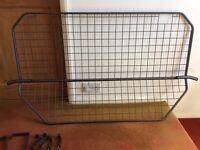 Dog guard to fit Hyundai Sante Fe