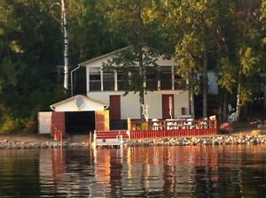 Lakeside all season cottage at Kipabiskau Regional Park!