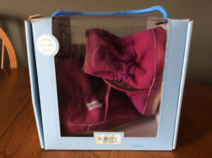 New Size 18 month Robeez Baby Girl Booties