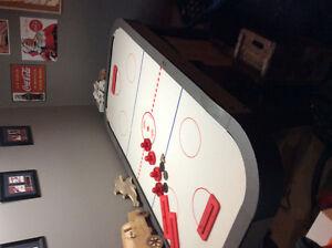 Electric air hockey table Peterborough Peterborough Area image 1