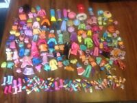 polly pocket dolls and clothes