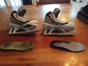 Bauer Reactor 6000 pro goal skates Sr. Size 8 with super feet