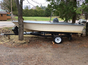 We are selling an 1996 Fiberglass boat