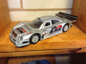 Welly Mercedes-Benz CLK-GTR 1997 Die-cast car 1:38