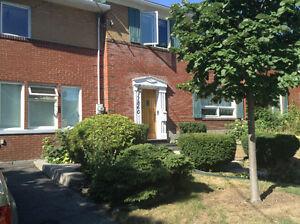 Maison à étages - Ahuntsic-Cartierville