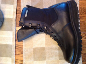 New pair of Rocky women's/men's police/ems boots