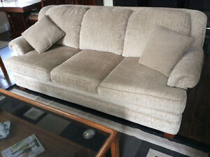 Great family couch