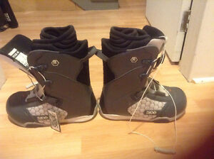 Brand new never used Ride Anthem M boots size 10 men