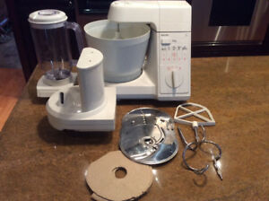PHILIPS KITCHEN CENTER Stand Mixer Blender HR-2986 B HOLLAND