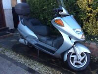 Comfortable quick commuter scooter, brand new MOT, summer ready