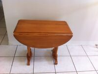 Roxton Solid Maple Drop Leaf End Table, Very Good Cond.