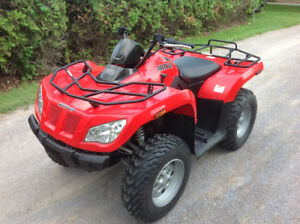 2011 ARCTIC CAT 350-EXCELLENT CONDITION - 4X4