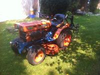 Kubota B5100e compact tractor