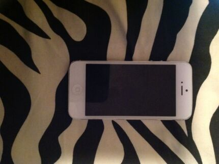 iPhone 5 - 16gb  Lalor Whittlesea Area Preview
