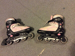Adjustable (size 1 to 4) kids rollerblades