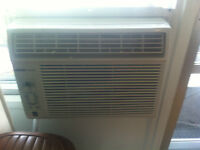 Air conditioner UberHaus used 2months only