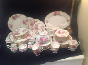 Royal Albert Bone China dinner set for 10
