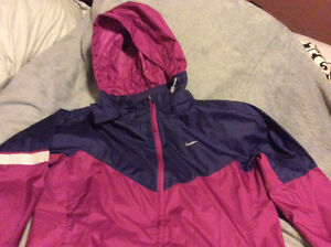 NIKE women's  windbreaker - size large