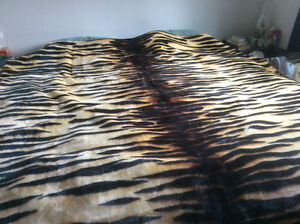 Tiger Blanket - King